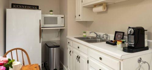 Guestrooms - Bungalow Kitchen