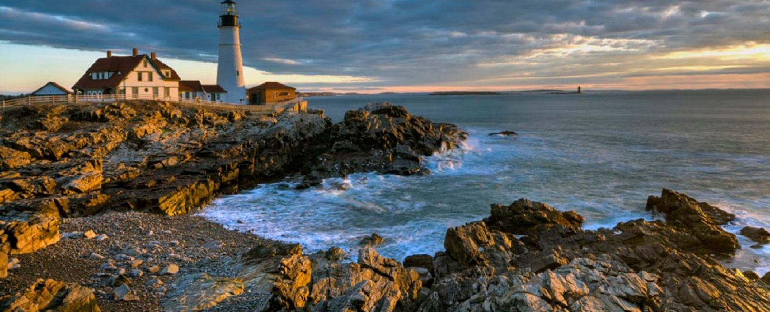 Kennebunkport lighthouse on the shore