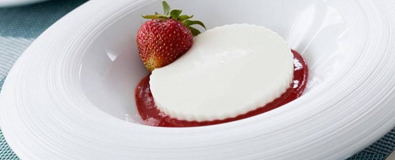 Yogurt Panna Cotta