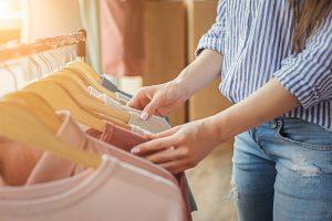 girl shopping in Dock Square in Kennebunkport